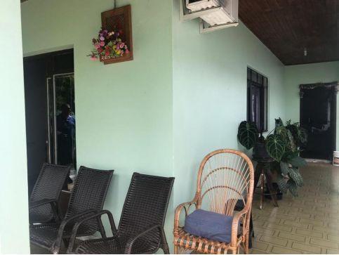 Sala comercial + Casa